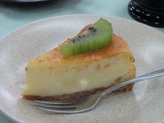 27キウイチーズケーキ2.jpg