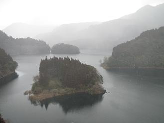 27中津江ダム.jpg