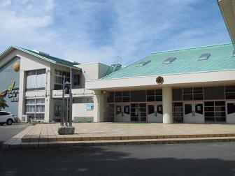27新地小学校.jpg