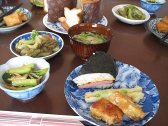 27高齢者向け調理実習と食事介助(料理教室)2.jpg