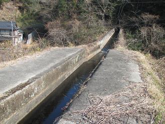 若宮井路鏡水橋2.jpg